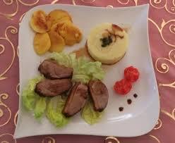 cuisiner magret de canard au miel magret de canard au miel sauce soja et pommes recette de magret