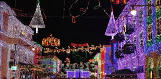 The Dancing Lights Of Christmas by Darthmaz314 Disney Snapshot Of The Day The Osborne Family