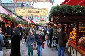 it s market time in hamburg erfurt germany