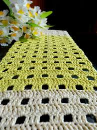 how to make table runner at home my experiments with needle n thread easy peasy table runner