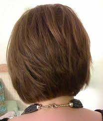 diy cutting a stacked haircut stacked bob hair styles stacked bobs hair style and bobs