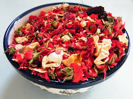 sweetheart potpourri recipe with dried rose buds and petals