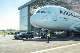 porsche cayenne towing porsche cayenne breaks the record for towing an airbus a380
