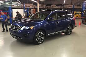 nissan armada crash test 2017 nissan pathfinder gets five star crash test rating from ncap