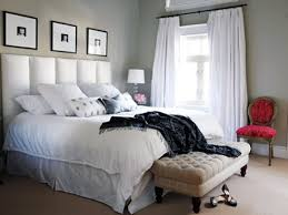 modern bedroom decor with assorted color plaid pattern painted