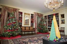 obama u0027s host their last christmas at white house