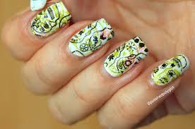 halloweennails2015 nail art with skulls polished polyglot