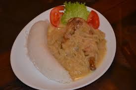 cuisine africaine poulet file poulet yassa a la banane ivoirienne restaurant africain jpg