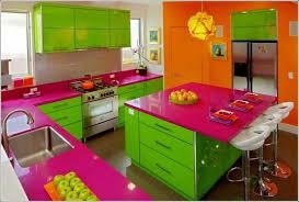 küche lila bunte küche grün lila orange kombinieren