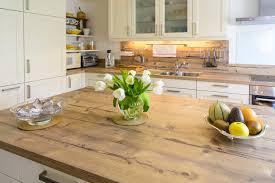 moderne landhauskche mit kochinsel moderne landhausstilküche mit großzügiger kücheninsel landhaus