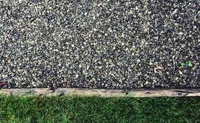 How To Make A Pea Gravel Patio How To Make A Gravel Driveway Bob Vila