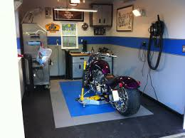 Cool Garage by Cool Garages Man Caves Best Cave 2017