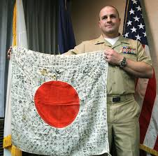 What Does The Philippine Flag Mean American Trying To Turn Wartime Flag Over To Kin The Japan Times