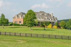 19 the farm house nashville miranda lambert buys new