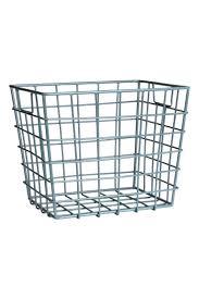panier ferm living panier de rangement storage baskets wire basket and storage