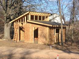 Slanted Roof House How To Build A Slanted Shed Roof Without Lot Of Effort Mesmerizing