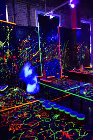 black light bedroom black light party ideas sweet 16 lighting ideas