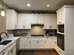 what is the best lighting for kitchen cabinets best lighting for kitchen cabinets yellow