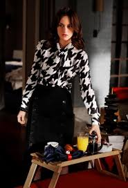 houndstooth blouse how to wear houndstooth trend the femininity mystique