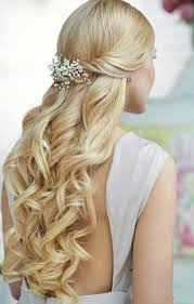 Hochsteckfrisurenen Lange Locken by Best 25 Hochsteckfrisuren Halblang Ideas On