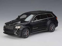 jeep cherokee toy jeep grand cherokee srt8 2012 resin model car amazon co uk toys