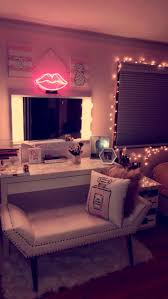 Makeup Vanity With Lights Best 10 Vanity Decor Ideas On Pinterest Vanity Room Makeup