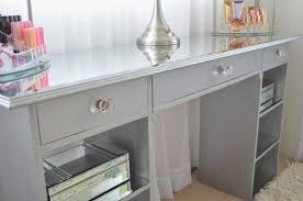 Diy Vanity Desk Modern Bohemian Lifestyle Diy Mirrored Vanity