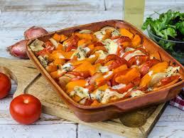 cuisine potimarron gratin de patates douces potimarron tomates au bleu d auvergne