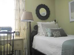 How To Arrange A Small Bedroom by Hgtv U0027s Tips For Decorating Your First Home Hgtv