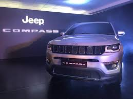 jeep compass 2017 live jeep compass 2017 india unveil updates gets 2 engine options