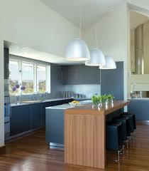 ilot de cuisine avec coin repas îlot de cuisine et espace de repas intégré pour créer un coin