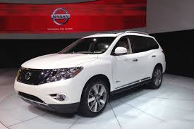 pathfinder nissan 2016 new 2014 nissan pathfinder hybrid burns 24 percent less fuel than