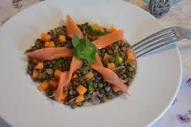cuisiner une truite salade de lentilles à la truite fumée au fil du thym