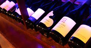 the vineyard homepage the vineyard wine bar u0026 healthy bistro