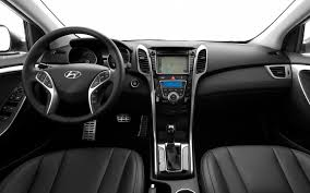 2013 hyundai elantra gt interior 2013 hyundai elantra gt test motor trend