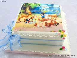 pretty ideas printed cakes and aesthetic snow white image cake