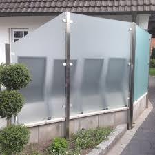 balkon glasscheiben sichtschutz aus glas für den garten glasprofi24 balkon