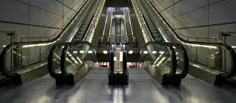 specialist elevator cleaning services