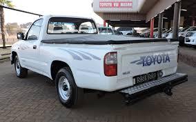 toyota hilux 1 8 raider short wheel base single cab i u0026s motors