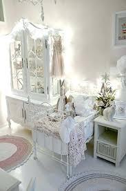 deco chambre shabby chambre shabby chic idees deco chambre romantique w641h478 awt