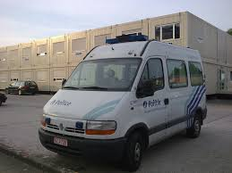 renault japan file renault master police be jpg wikimedia commons