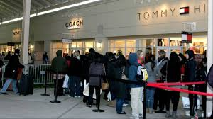 do 8 p m store openings thanksgiving s dead