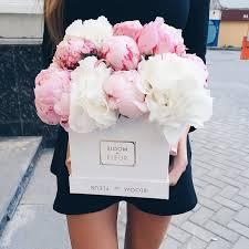 Flower Shops In Surprise Az - best 25 flowers in a box ideas on pinterest peony arrangement