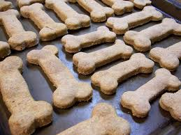 Diy Dog And Cat Treats by Pamper Your Pooch With These 5 Homemade Vegan Dog Treats