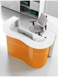 bureau d accueil comptoir d accueil design laqué wave delex mobilier