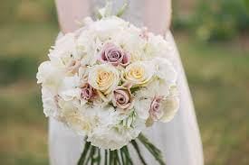 don u0027t let these common wedding flower mistakes happen to you