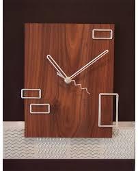 hip clocks