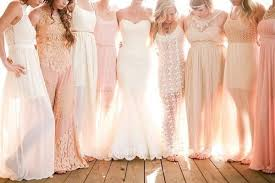 mix match bridesmaid dresses the pros cons of mismatched bridesmaid dresses mywedding