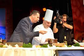 chef cuisine tv costa cooks up tv style bravo chef and a battle version