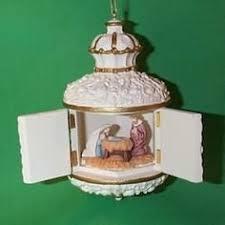 hallmark keepsake christmas ornament here comes santa santa u0027s